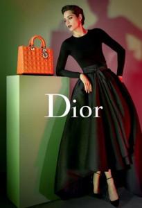 Mode-Marion-Cotillard-pour-Lady-Dior-version-2013_portrait_w674